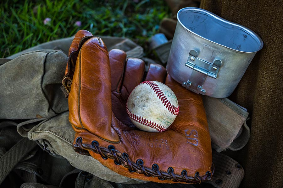 How To Clean A Baseball Glove 3 Different Ways To Clean It
