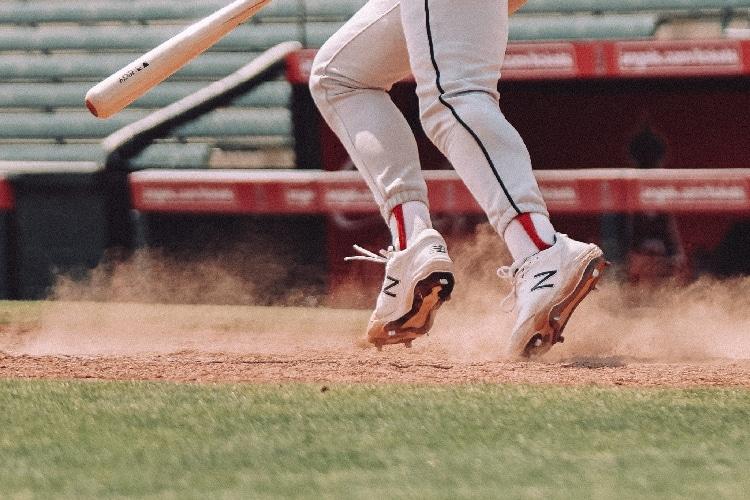 Metal vs. Molded Baseball Cleats