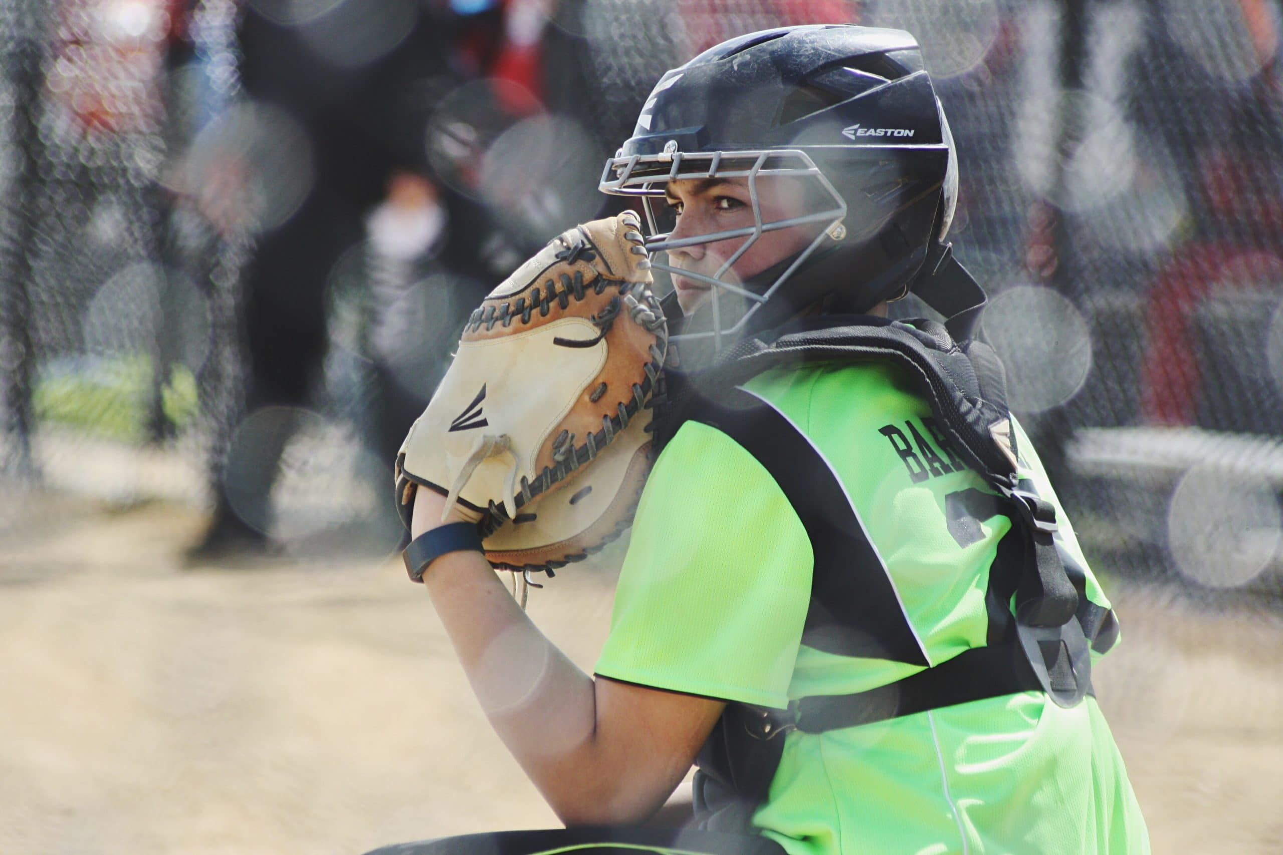 Difference-between-fastpitch-and-Slowpitch-Softball