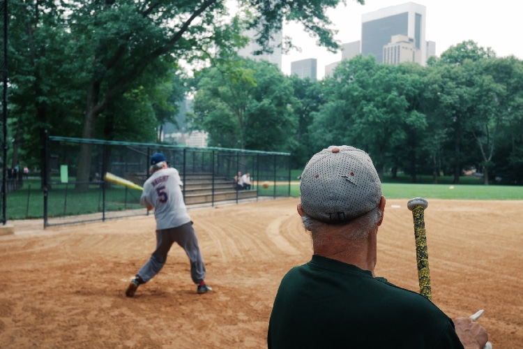 Best Slowpitch Softball Bats What to Look For When Buying a Slowpitch Softball Bat?