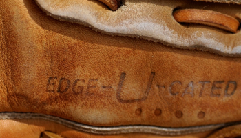 7 Baseball Laces and Glove Care Kits: Unleash your Glove's Potential!