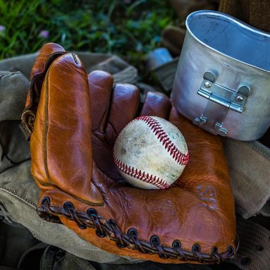 How to clean a Baseball Glove? 3 Different Ways to Clean It